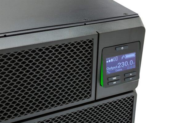 """UPS APC, """"Smart-UPS SRT"""", Online cu sinusoida pura, rack, 10000VA/10000W, AVR, IEC x 10, 1 x baterie APCRBC140, display LCD, back-up 11 – 20 min., """"SRT10KRMXLI"""""""